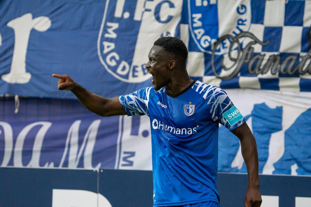 Conteh im Pokal gegen St. Pauli